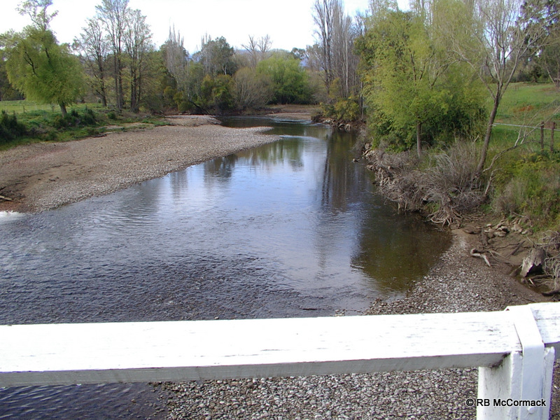Fast flowing Tumut River NSW